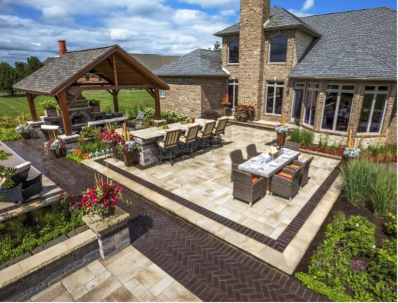 Outdoor Dining -