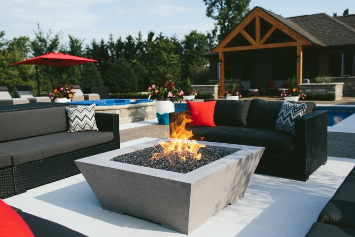 Outdoor Living image 12