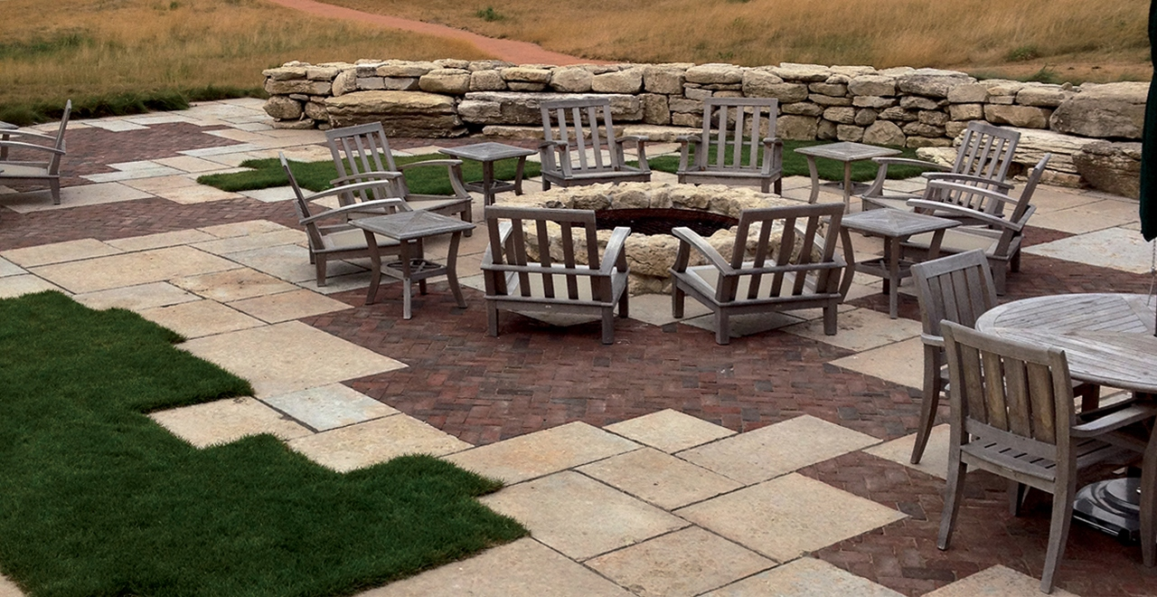 Outdoor Living image 11